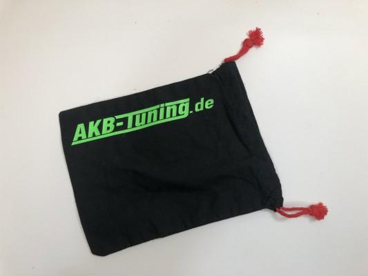 AKB-Tuning schwarzer Schraubenbeutel für Radbolzen Schrift in NEON GRÜN