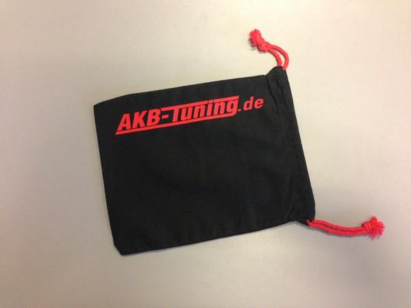 AKB-Tuning schwarzer Schraubenbeutel für Radbolzen Schrift in ROT